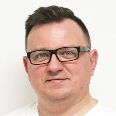 Jaroslaw-Matuszak-dentist-Ascroft-Medical-Oldham